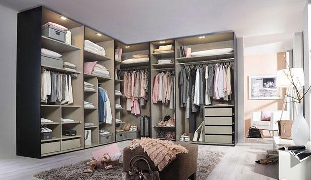 Une armoire de chambre adaptée à votre dressing - Meubles Atlas